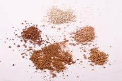 5 nuances des produits de beauté de poudre de mica Photographie stock