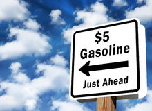 $5 precios de la gasolina Foto de archivo