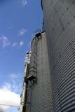 5 silos Arkivfoton
