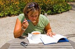 5 studiuje na lunch Zdjęcia Royalty Free
