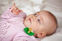 5 van het babymaanden meisje Royalty-vrije Stock Afbeeldingen