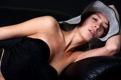 50 för lingerymult s för soffa etnic barn för kvinna Royaltyfri Foto