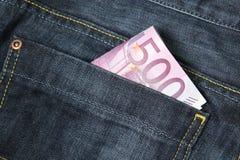 500 euro banconote in una casella dei jeans Fotografie Stock
