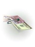 500 euro- e 100 dólares Fotografia de Stock