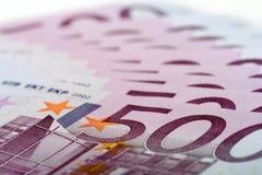 500 Eurobanknoten Stockfotos