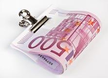 500 Eurobanknoten befestigen sich mit Papierklammer Lizenzfreies Stockbild