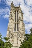 52 M Saint-Jacques torn på den Rivoli gatan. Paris. Arkivbild