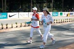 5km avslutande maratondeltagare Arkivbild