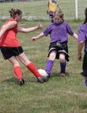 6个活动青少年球员的足球 库存图片