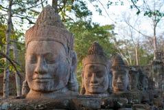 6个angkor表面给南thom装门 免版税库存照片