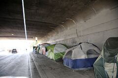 Free 6/20/2019 Los Angeles, California: Homeless Tent Camps And Homeless People In Los Angeles California. Approximately 60,000 Persons Royalty Free Stock Photos - 214684588