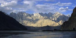 6 berg pakistan Royaltyfri Fotografi