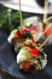 6 maträtt skewered sushi Royaltyfria Bilder