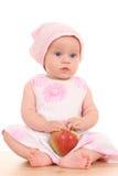 6 meses de bebê e maçã Foto de Stock