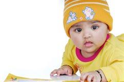 6 mois de 8 enfants en bas âge Photos stock