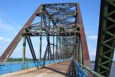 66个桥梁链岩石途径 库存照片