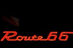 66 trasa neonowy znak Fotografia Royalty Free