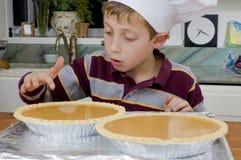 7烘烤的饼 免版税库存照片