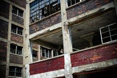7被放弃的工厂packard 免版税库存照片
