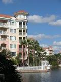 7 budynków jezioro kurortu wakacje Obrazy Royalty Free