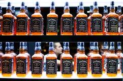 7 daniels silar ingen gammal whiskey Arkivbild