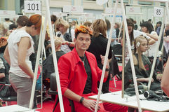 7 idérika frisyrer för konkurrens man s Arkivbild