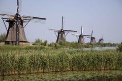 7 niderlandzkim kinderdijk wiatraczków Zdjęcie Royalty Free
