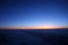 70朵云彩飞行视图 库存照片