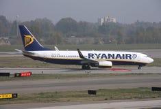 737波音ryanair 库存图片
