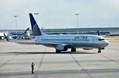 737 αερογραμμές Boeing ένωσαν στοκ εικόνες με δικαίωμα ελεύθερης χρήσης