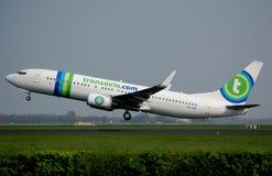 737 800波音com transavia 库存照片