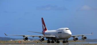 747波音喷气机qantas 库存图片