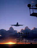 747 landing at schiphol airport amsterdam Stock Photos