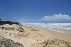 75 Mile strand på den Fraser ön Royaltyfria Bilder