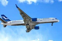 757 boeing finnair Royaltyfri Foto