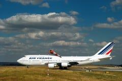 777 air airplane boeing france Arkivbild