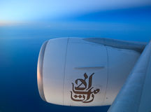 777 boeing flyg Royaltyfria Foton