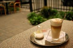 7847个咖啡馆latte 免版税图库摄影