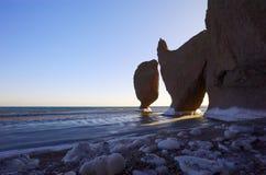 8日本横向岩石海运 库存图片