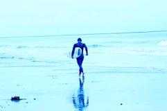 8 blåa surfarear Arkivbilder