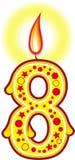 8 födelsedag stearinljus Arkivfoto
