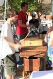 8 juillet 2010 : Musique extérieure de rendement. photographie stock libre de droits