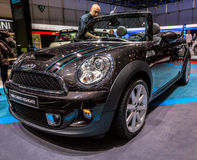 83.o Ginebra Motorshow 2013 - mini Cabrio Highgate Imagen de archivo libre de regalías