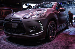 83rd Genebra Motorshow 2013 - DS3 Cabrio de Citroen Fotografia de Stock