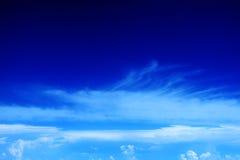 85朵云彩飞行视图 免版税库存图片