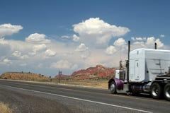 89 międzystanowa ciężarówka. Obrazy Royalty Free