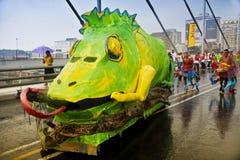 8th karnevaljoburg ståtar gatan Royaltyfri Bild