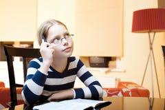 9 10 παλαιά έτη μαθητριών πορτρέτ Στοκ Εικόνα