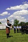 9 11惊人袋子仪式雍容吹笛者使用 免版税库存照片