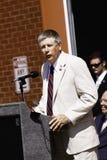 9 11 Zeremonie-Lautsprecher-Kongressabgeordnetes Larry Kissel Lizenzfreie Stockfotografie
